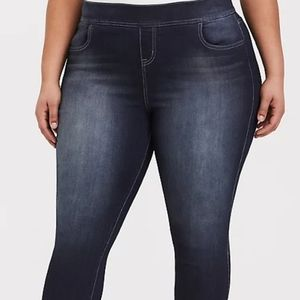 Torrid Pull On Jeans/Size 4X